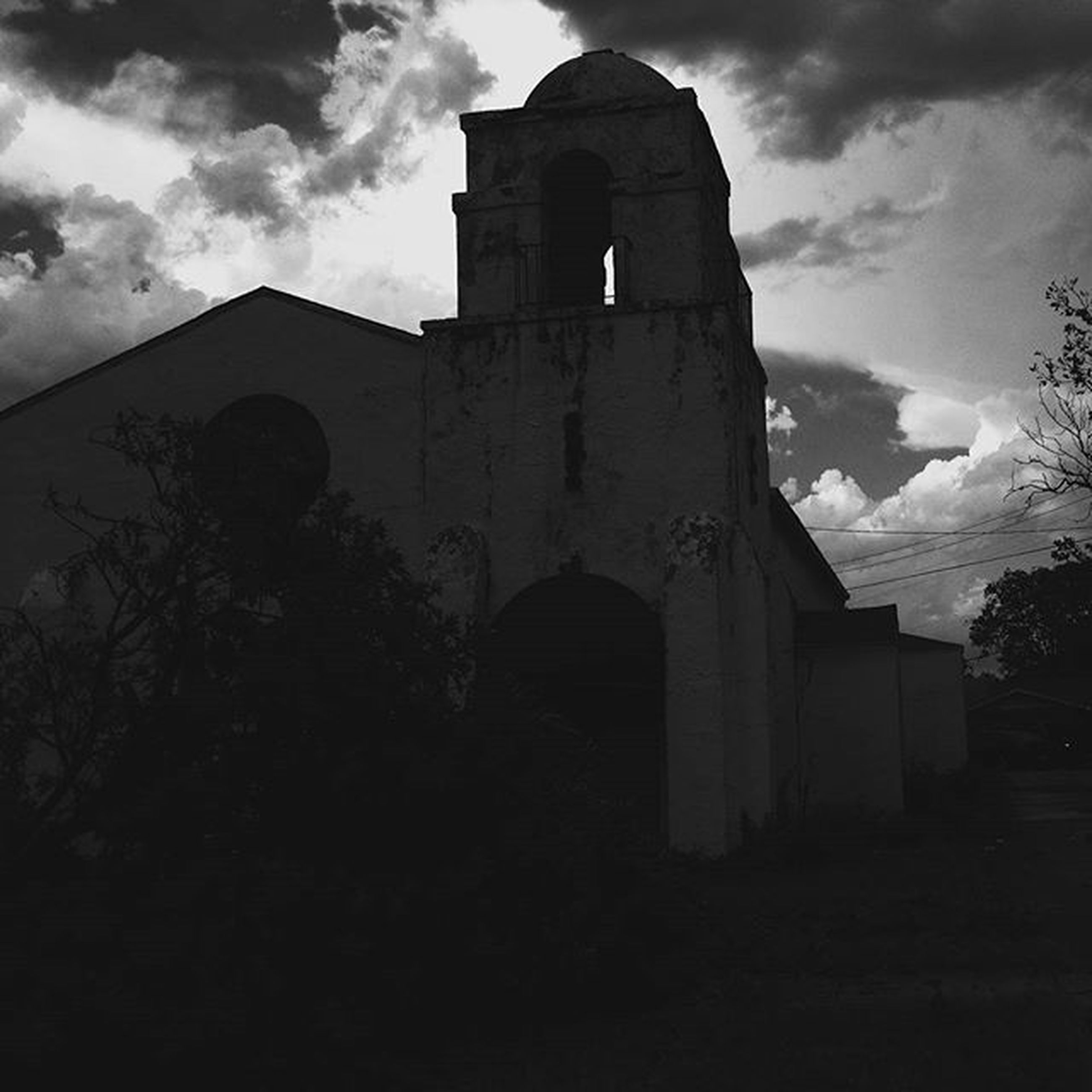 architecture, built structure, building exterior, sky, low angle view, cloud - sky, cloud, old, tree, cloudy, history, church, outdoors, house, religion, no people, building, place of worship, spirituality