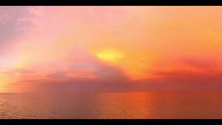 Horizon Over Water Cloud - Sky Beauty In Nature Dramatic Sky Orange Color Tranquility Beach Bum 🌊 Ocean_Collection ~~ Bikkini Bottom Bikini Time❤ Ocean❤ Sunlight ☀ Warming The Soul Kissed By The Sun EyeEm Selects Sun_collection After The Rain Came The Sun Rainy Morning Sunrise Silhouette In My Dreams. Wake Up And Smell The Coffee Color Me With Colors Sunset Sea Outdoors
