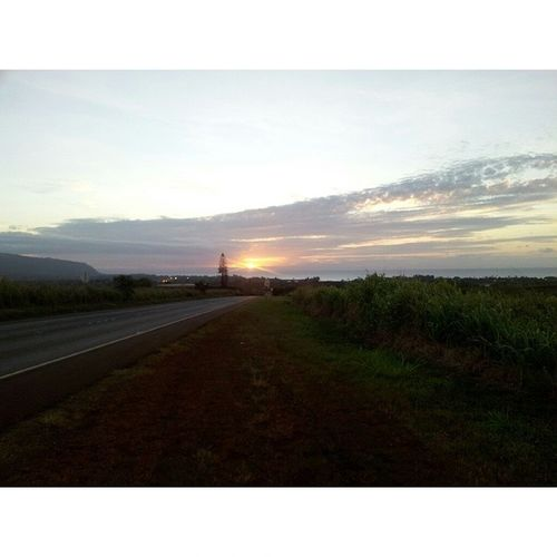 ??? pineapple road Nofilter Keepthecountrycountry Hawaii Sunset surfstate blessedtolivehere instamoment