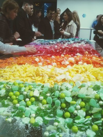 The table with Colourful Candies! Conference C2MTL