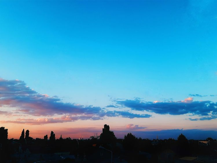 Sunset Blue No People Scenics Cityscape Sky Dusk Tranquility City Outdoors Cloud - Sky Tree Beauty In Nature Urban Skyline Balcony View Details Braila Windows Pink Pink Sky Blue Sky Blending In  Clouds Summer Neighborhood