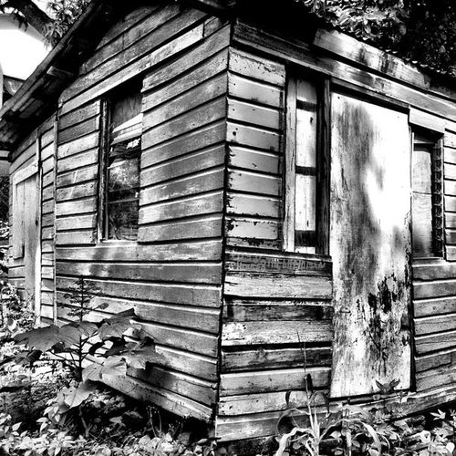 Blancoynegro Blackandwhite Grenada Islandlivity Ig_captures_landscapes Islandlife Hut Shack_sniper Building_lover Instagram