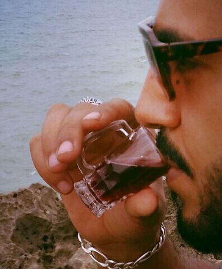 Me Myself And IEnjoying Life Marocain Myself Capturing Freedom Vinrouge