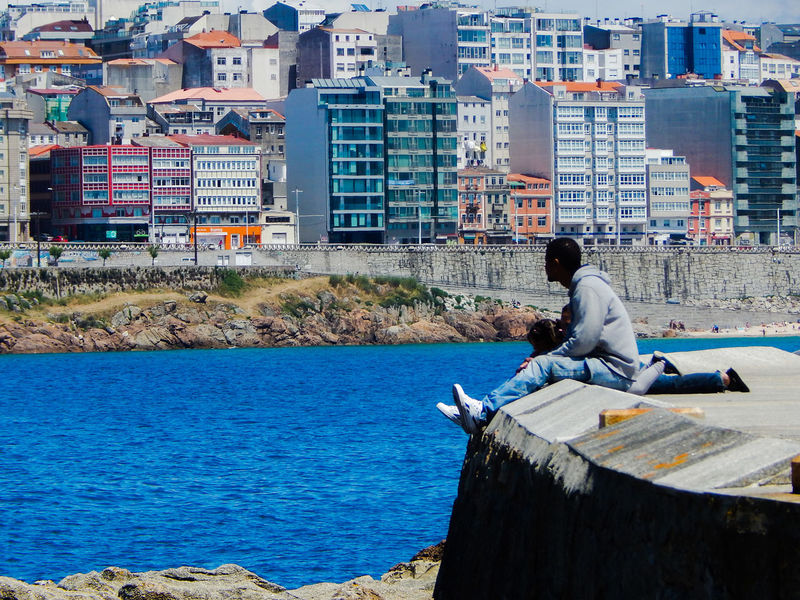 Quality time with family A Coruña Bonding City Cityscape Fa Father And Kids Quality Time W/ The Loved Ones Sea Water