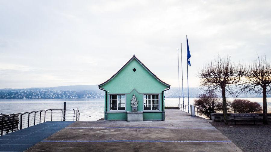 Lake House Lake