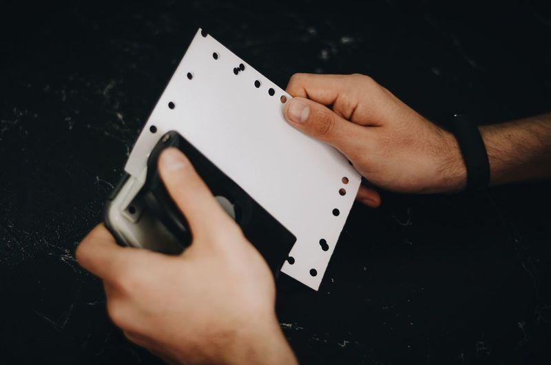Puncher Work Human Hand Gambling Chance Gambling Chip Poker - Card Game Leisure Games Playing Luck Cards RISK