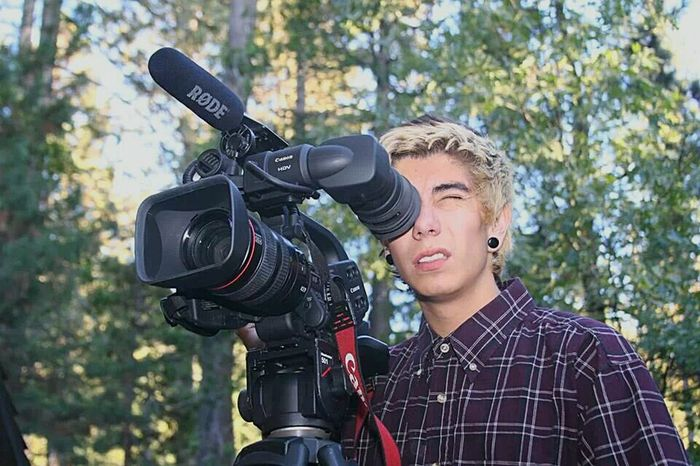 Videoshoot Videography Videoproduction Videomaker Headshot Men Portrait Forest Photography Themes Camera - Photographic Equipment Nature Adult Young Adult Day Outdoors Lgs IHD