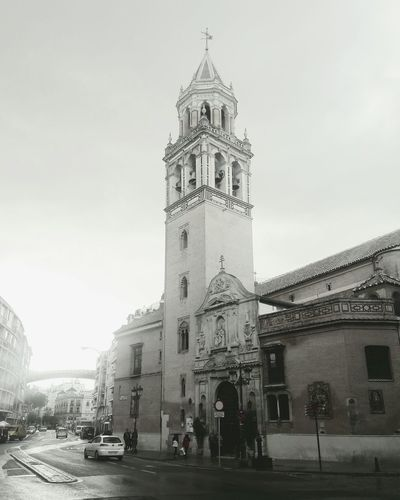 Iglesia Politics And Government City Clock Face Clock History Sky Architecture Building Exterior Built Structure Clock Tower Town Square Palace