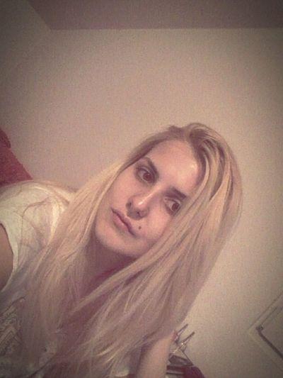 Pircing :) First Pircing Girl With Pircings Without Makeup Feeling Pretty Before Sleep
