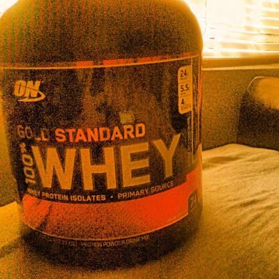 That moment when you get your sups. Being prepared for your daily goals is primarily the best thing you can ever do to reach them. Cantstop Wontstop Dieting Cleaneating optimum @team_optimum goldstandardwhey bcaa