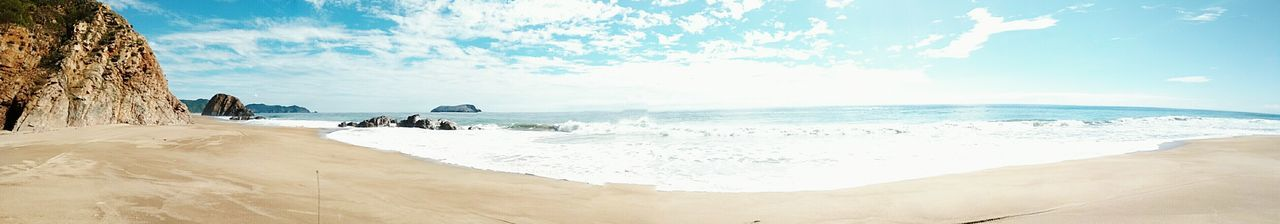 Panoramic Panoramic Photography Panorama Playa Beach Nature Ocean View Eyeemmexico Relaxing Enjoying Life EyeEm Nature Lover EyeEm Best Shots Awesome Beautiful Manzanillo Eyemmexico Eyem Best Shots EyeEmBestPics Relaxing Mexico
