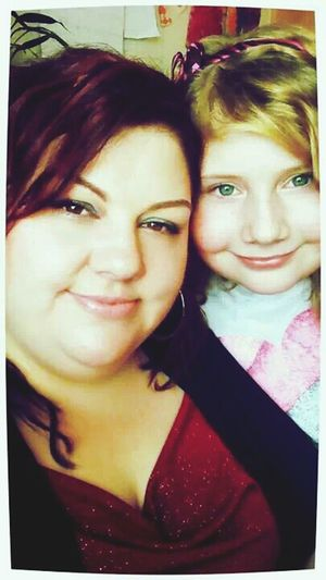 Mom & Daughter Quality Time Enjoying Life People