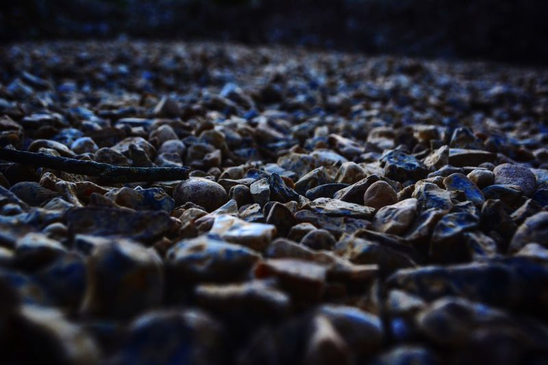 Surface level of pebbles