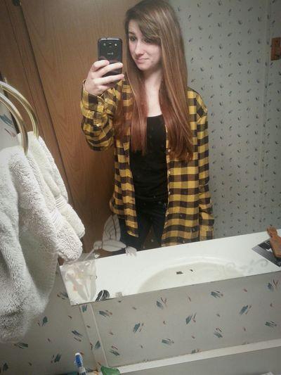 Montana Selfie Pretty Hanging Out Fannel