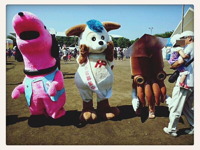 Mascot Characters Of JAPAN Festivals Hokkaido,Japan 港祭りの会場にて(・ω・)。 左から「いぶりワン」「北斗くん」「イカール星人?」