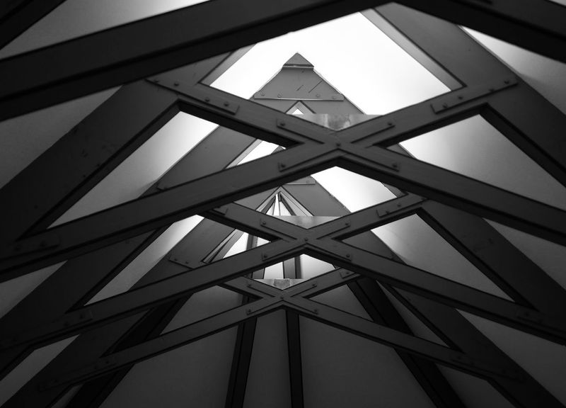 Architectural Design Architecture Backgrounds Black And White Black And White Photography Blackandwhite Blackandwhite Photography Built Structure Bw Ceiling Connection Indoors  Low Angle View No People Pattern Roof Beam Geometric Shape Architectural Feature Concentric Architectural Detail Architecture And Art Textured  Repetition Arched
