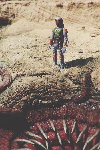 Boba Fett admiring a sarlacc pit. Starwars Star Wars Bobafett Sarlacc