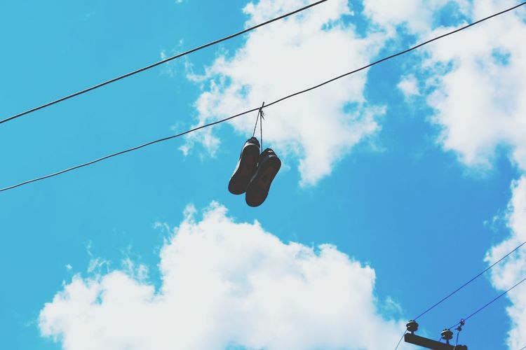Cloud - Sky Sky Hanging Cable Low Angle View Blue Outdoors Day People Full Length Adult Nature Only Men Adults Only Ski Lift