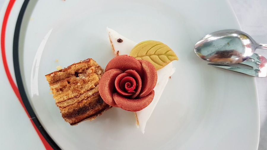 Dessert Cake Cake Art Close-up Dessert Food Food And Drink High Angle View Indulgence No People Plate Ready-to-eat Rose - Flower Rose🌹 Still Life Sweet Sweet Food Temptation