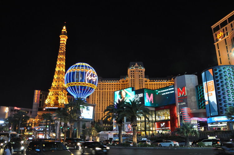 Las Vegas Vegas  Lasvegas Las Vegas Lasvegasnevada Night Lights Night Photography Vacations Nightlife 夜景 イルミネーション ナイト 散歩 America Photo Illuminated Arts Culture And Entertainment Travel Destinations Architecture Outdoors City Night Cityscape 海外旅行 Travel ラスベガス