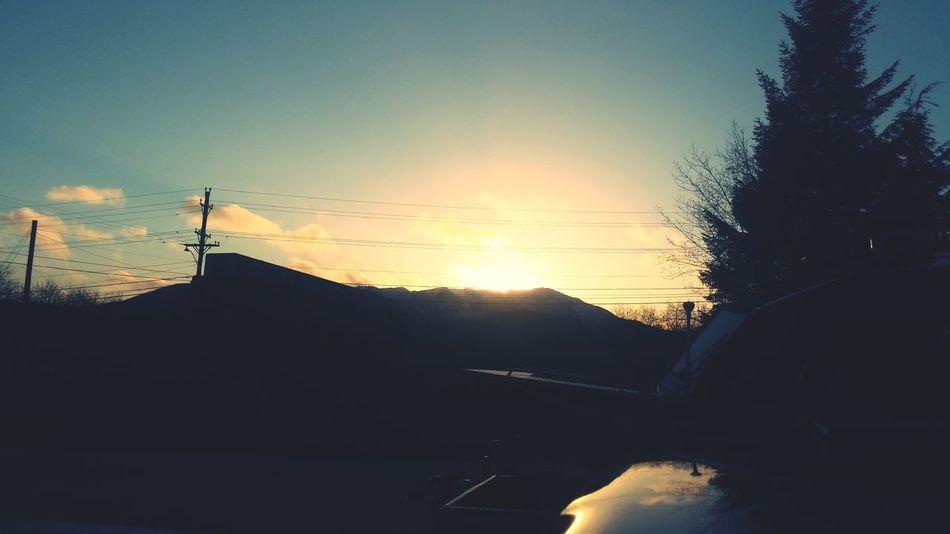 Sunburst Reflected Light Ring Around The Sun Work Shots Taking Photos Nature Photography