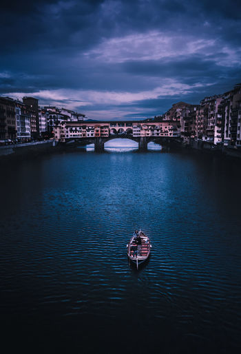 New Best  EyeEm Best Shots Moodygrams Discover  Lensbible Boat Getty Images EyeEmNewHere Italy Italia Firenze Europe Love Night Architecture Cityscape Bridge - Man Made Structure Travel Destinations Illuminated Built Structure Sky Outdoors City Building Exterior Urban Skyline Cloud - Sky Vacations Water Premiere
