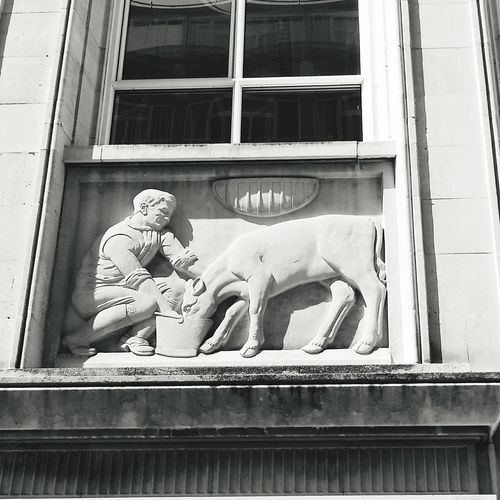Liverpool Nationshouse Black And White Architecture Building Exterior Office Building Coolpic Seeing The Sights