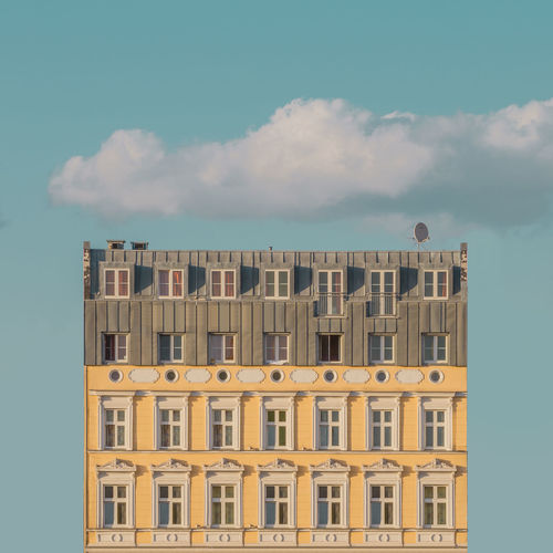 Wes Side Archidaily Architecture Architectureporn Berlin Building Building Exterior Doll House Façade Golden Hour Hotel Light And Shadow Pastel Pastel Colors Pastel Sky Symmetry Symmetryporn Wes Anderson The Architect - 2016 EyeEm Awards