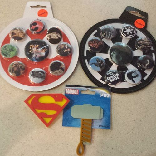 Our mini mall haul findings from le hot topic! Hottopic Mallhaul Starwars Superman Thor rebelalliance theEmpire