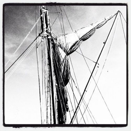 Thames Barge Blackandwhite Edited Mast sails