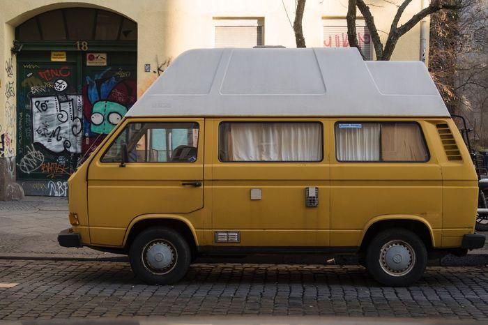 Land Vehicle City Outdoors No People Day Vintage Campervan Transportation Street Holidays ☀ Graffiti T3camper Volkswagenbus Volkswagentransporter