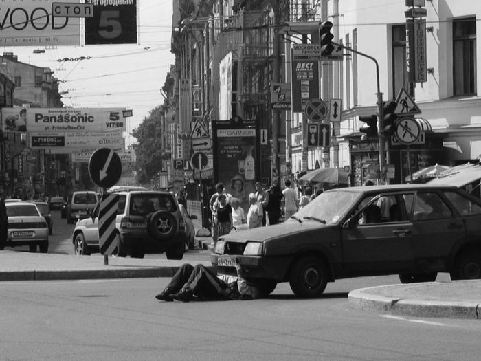 2005 Russia St Petersburg Built Structure Car City Day Mode Of Transport Outdoors Real People Reparing Car Road Street Transportation