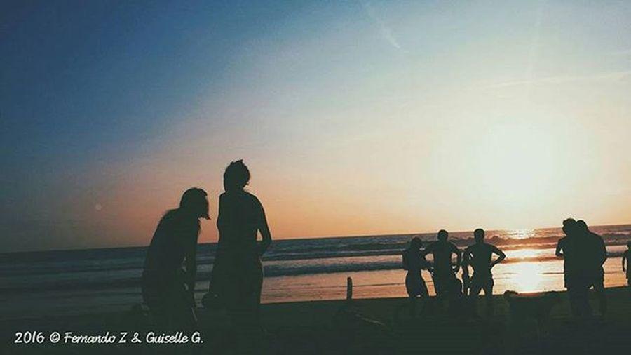 Shadow. ......🍃🌅🌊🏄📷 Instameetec Igerecuador Beachday Capture Photolover Descubreecuador ViveEcuador Paisajesecuador593 Rutaviva Sunsetlovers Super_photosunsets Igers Ig_captures Twilight Worldbestgram