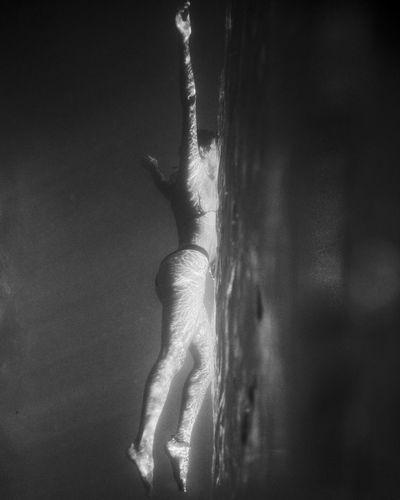 - Mermaid (3) Visual Creativity EyeEm FUJIFILM X-T2 EyeEm Best Shots underwater photography Travcimages eyeemphoto EyeEm Gallery Eye4photography  Portrait Photography Mermaid Enjoying Life Natural Light One Person Lifestyles Water The Great Outdoors - 2018 EyeEm Awards The Portraitist - 2018 EyeEm Awards