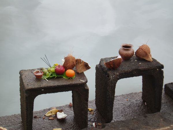 Tipical Ritual Of Offerings To The Gods Strawberry Healthy Eating Food And Drink Fruit Food Healthy Lifestyle Jar Berry Fruit Tea - Hot Drink Wellbeing Sweet Food Drinking Glass Berry Drink Colander Freshness No People Water Ready-to-eat Day Riverfront Riverside