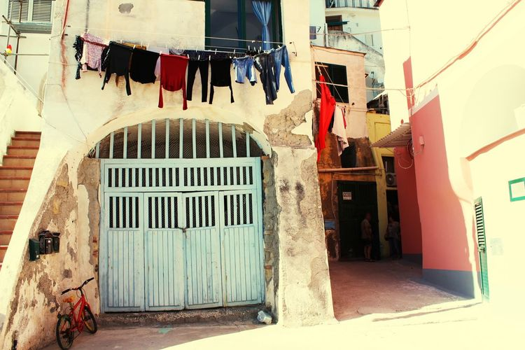 Nook from Procida. http://www.raconets.com/es/2018/02/procida-2/ Architecture Sea Beach Hanging Italy Travel Island Napoli Viajar Drying Escapada Clothesline Procida Building Exterior Built Structure Raconets Building Laundry Clothing Day Street Outdoors Window Real People