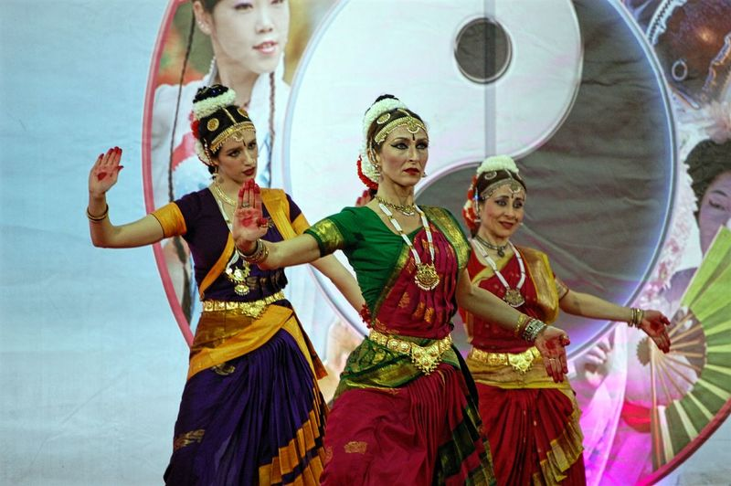 Women Around The World Thai Style Cultures Traditional Clothing Arts Culture And Entertainment Oriental Festival Dancing Indoors