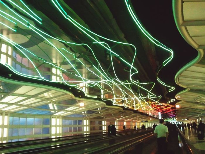©SabrinaB25 NEONS Chicago Corridor Amateurphotographer  First Eyeem Photo