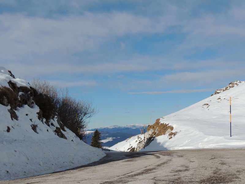 Road Sky And Clouds Snow ❄ Beauty In Nature Cima Grappa Cloud - Sky Cold Temperature Day Landscape Monte Grappa Mountain Mountain Road Mountain Roads Nature No People Outdoors Scenics Sky Snow Snow Covered Tranquil Scene Tranquility Winter