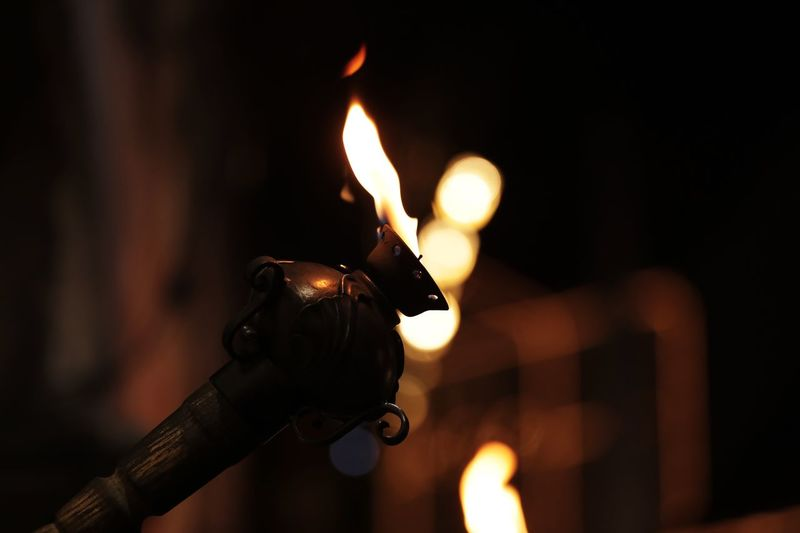Fire play with me Fire Flame Focus On Foreground Illuminated Burning Fire - Natural Phenomenon Close-up Heat - Temperature Glowing Nature Lighting Equipment Night No People Oil Lamp Light - Natural Phenomenon Holding