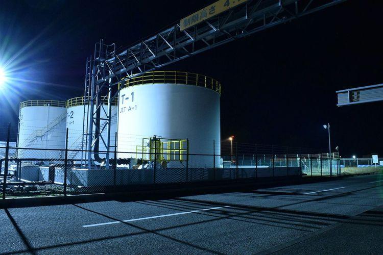 タンク 工場 夜 Night Night View