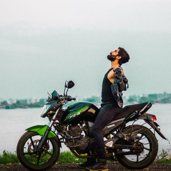 Over all the comfort in this world, I feel at home when I am hitting the roads on my bike. Riding my bike liberate me from all the fear. Yamaha Yamaha Fz Yamahafzs Bike Indianbiker Bikelove Travel Lovefortravel Loveforbikes EyeEm Selects Motorcycle Adults Only Only Women One Person Riding One Woman Only Adult