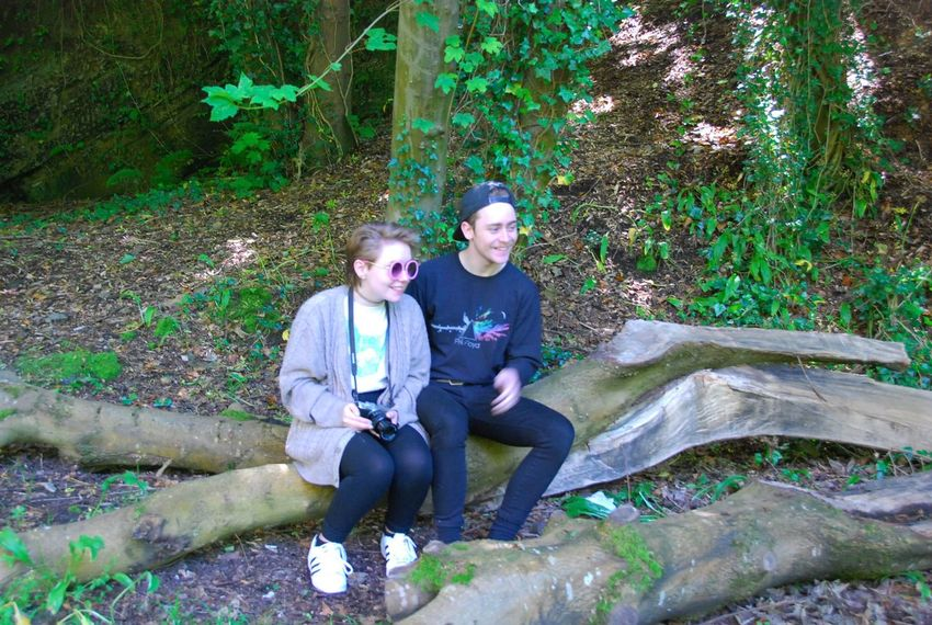 Cramond Edinburgh Scotland Two People Forest Real People Togetherness Smiling Photographer Camera - Photographic Equipment