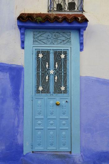 Doorknob Door