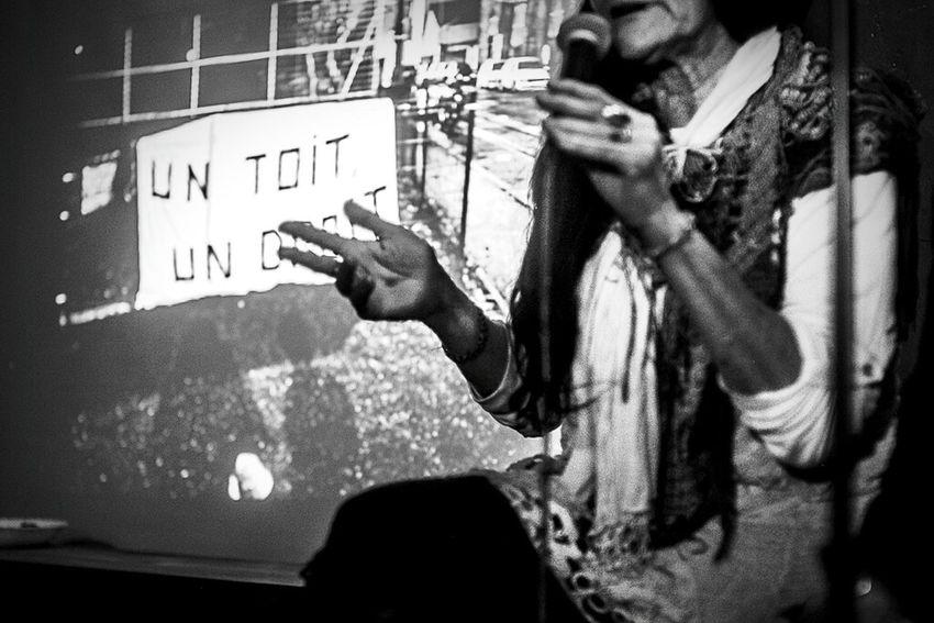 Un toit, un droit Esmeralda And Alicia Dosta! Photography Documentary Monochrome Monochrome_life Blackandwhite