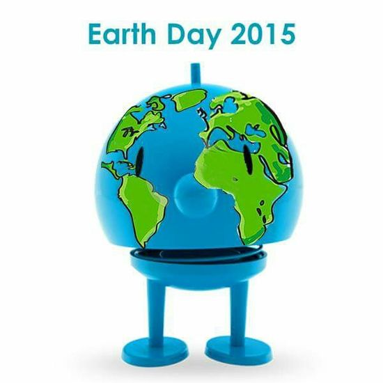 We are the world ... Tag der Erde. EarthDay2015 Earthday Tagdererde Hello World Check This Out Enjoying Life Savetheplanet Savetheearth Hoptimist
