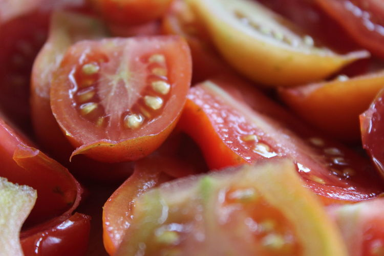 Canonphotography Close-up Food Foodphotography Foodporn Freshness Fruit Healthy Eating Healthy Lifestyle Kitchentime Macro Macro Beauty Organic Red Ripe Roma Tomatoes