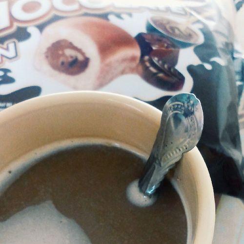 Vscocam Sepetang Nescafe Chocolatebun rehat
