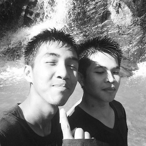เที่ยวน้ำตกกันตอนสมัยหนุ่มๆ 🌄 2010 น้ำตกแม่พูล Uttaradit Selfie