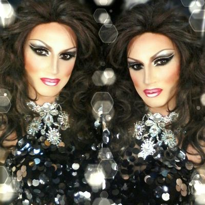 Selfie Popular Photo Beautiful Dragqueen  www.crystalshow.com.ua